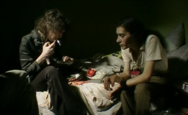 En el cuarto de Vanda (Pedro Costa, 2000) – Filmin