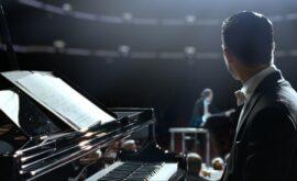 Grand Piano (Eugenio Mira, 2013)