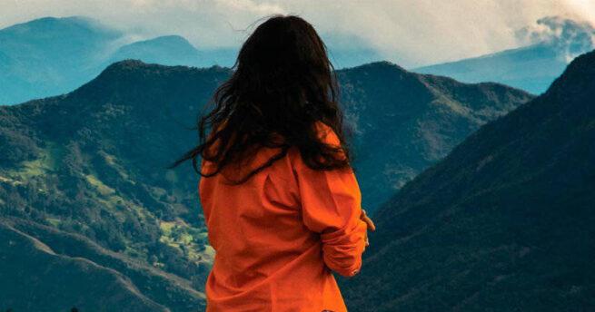 """Crítica de """"Señorita María, la falda de la montaña"""" de Rubén Mendoza: La Virgen nunca vistió pantalones"""