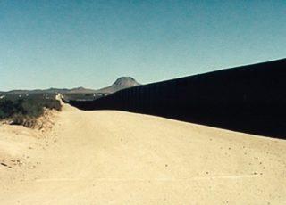 """""""De l'autre côté"""" (Chantal Akerman, 2002)"""