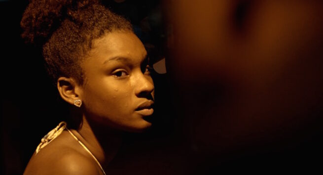 """Crítica de """"Pacificado"""" de Paxton Winters: El trono de la favela"""