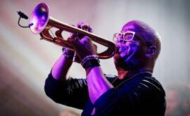 El Festival de Venecia homenajeará al músico Terence Blanchard
