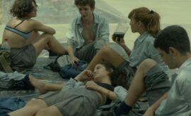 "Crítica de ""Camila saldrá esta noche"" de Inés Barrionuevo: Política adolescente"